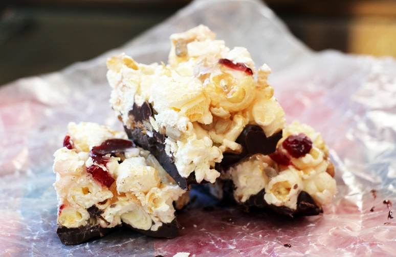 candy-popcorn-bars